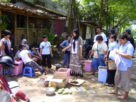 Microcredit_Timoho-fertilizing-method-workshop